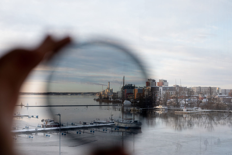 polariseringsfilter objektiv Bild över vattnen och hamnen med polariseringsfilter