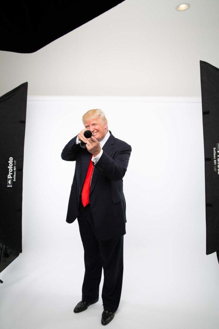 Donald Trump  Fotograf Porträtt President Donald Trump med golfklubba i handen